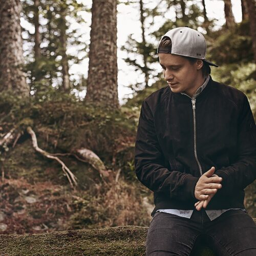 Top 11 Best Gift Ideas for Kygo(Dj) fans and Lover